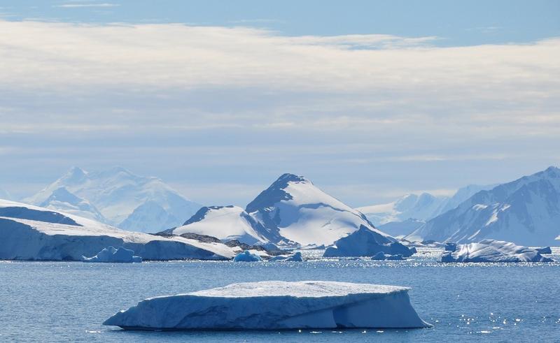 Focar de Covid la o bază militară din Antarctica, singurul continent neatins de virus până acum