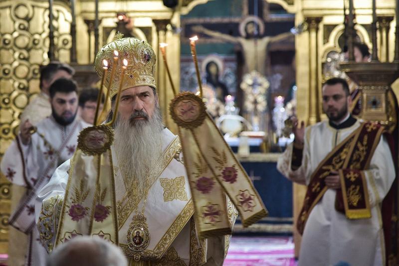 """IPS Teodosie despre noi restricții: """"Biserica nu se va închide. Nu e a autorităților vremelnice ci a lui Dumnezeu"""""""