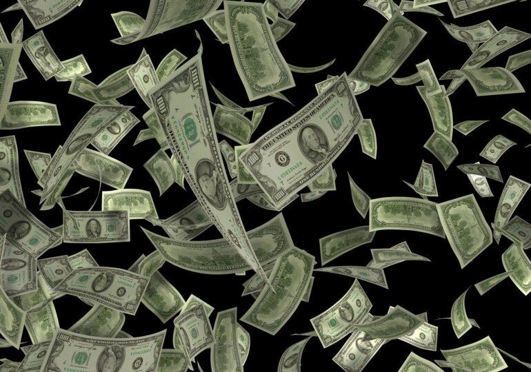 Lockdown-urile au lăsat o gaură de 10 mii de miliarde de dolari în economia globală