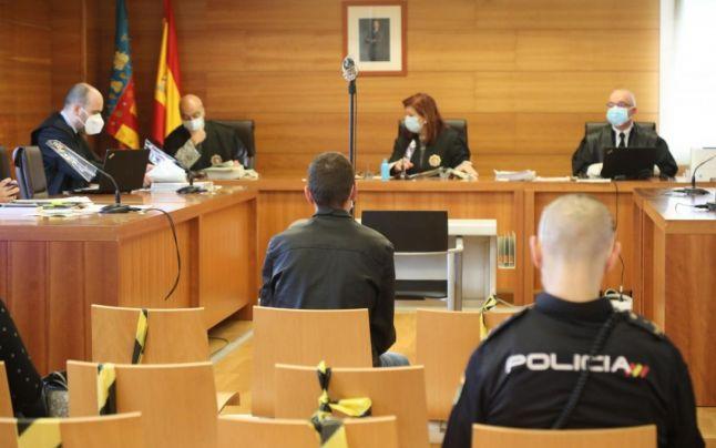 Mărturia lipsită de remuşcări a românului care ani la rând şi-a abuzat sexual fiica minoră