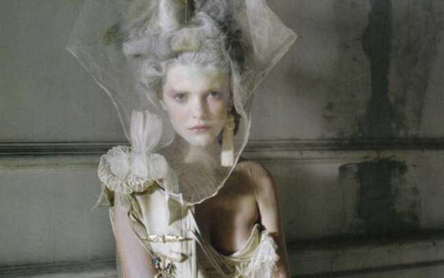 Muza lui Karl Lagerfeld, manechinul Stella Tennant, a murit la vârsta de 50 de ani
