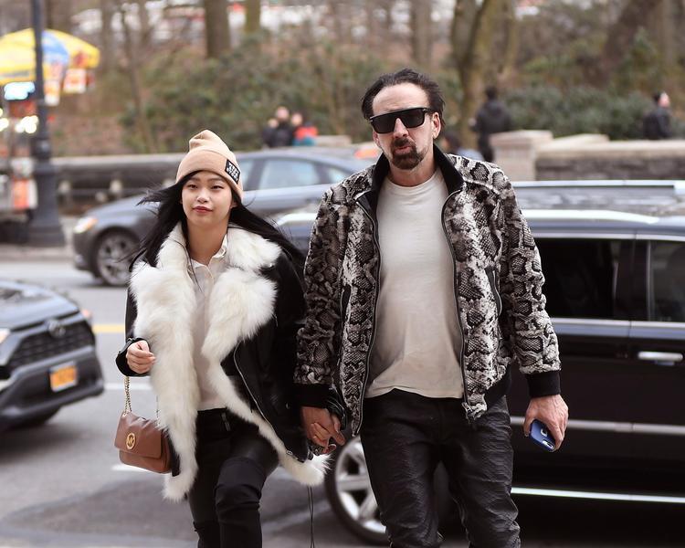 Nicholas Cage s-a căsătorit cu o japoneză de 26 de ani. Actorul este la a cincea căsnicie