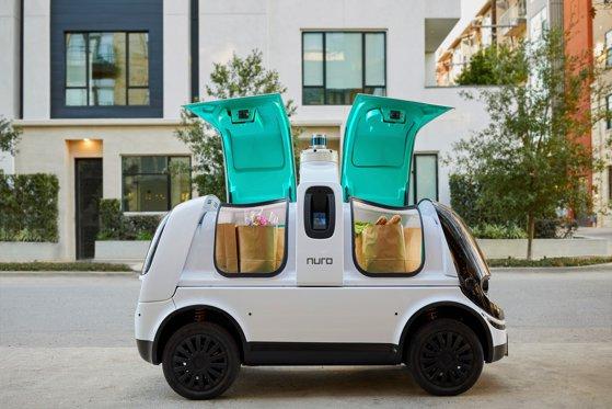 No driver delivery. California a aprobat primul serviciu de livrare comercială fără şofer