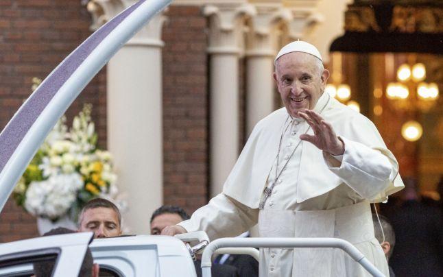 """Papa Francisc: Plăcerea culinară şi cea sexuală sunt """"pur şi simplu de natură divină"""""""