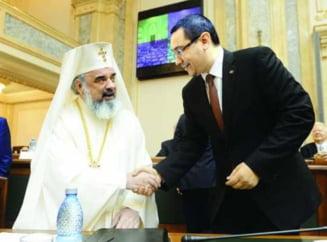 """Patriarhia denunta folosirea electorala a unor calendare ortodoxe """"false"""", tiparite in campanie de Pro Romania"""