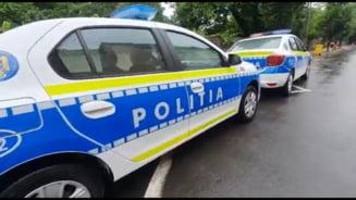 Politist ranit la Craiova de un barbat pe care a incercat sa-l imobilizeze. Colegii agentului au tras mai multe focuri de arma
