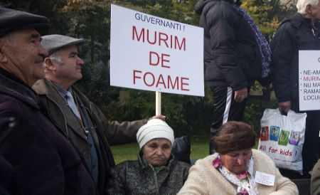 Raluca Turcan interzice pensionarilor să mai cumuleze pensia cu salariul de la stat. Ori una, ori alta, ori basta!