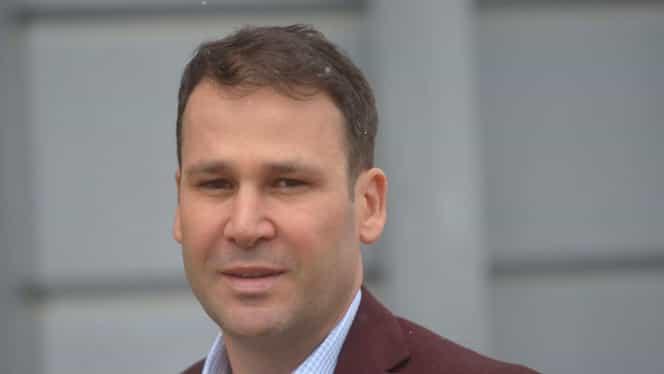 Robert Negoiță recunoaște că a dat în primire un funcționar