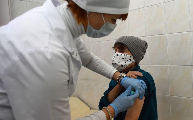 Rusia e acuzata ca face experimente pe persoane defavorizate. A început vaccinarea in masa a oamenilor fără adăpost