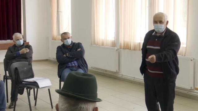 Sătenii din Baba Novac acuză că firma la care șeful ITM Satu Mare Cristian Sasu este reprezentant vrea să le acapareze toată pășunea