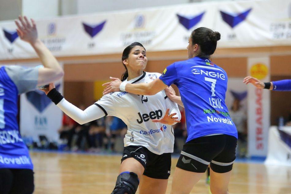 """Scandal urias in handbalul feminin: """"FRH umileste celelalte echipe pentru a multumi CSM Bucuresti"""""""