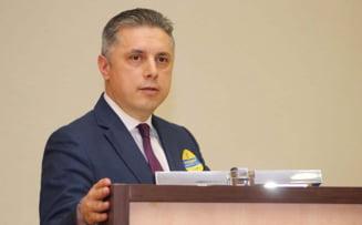 Seful PNL Neamt trimis in judecata pentru trafic de influenta. A pretins 500.000 de lei pentru o numire pe post la Apele Române