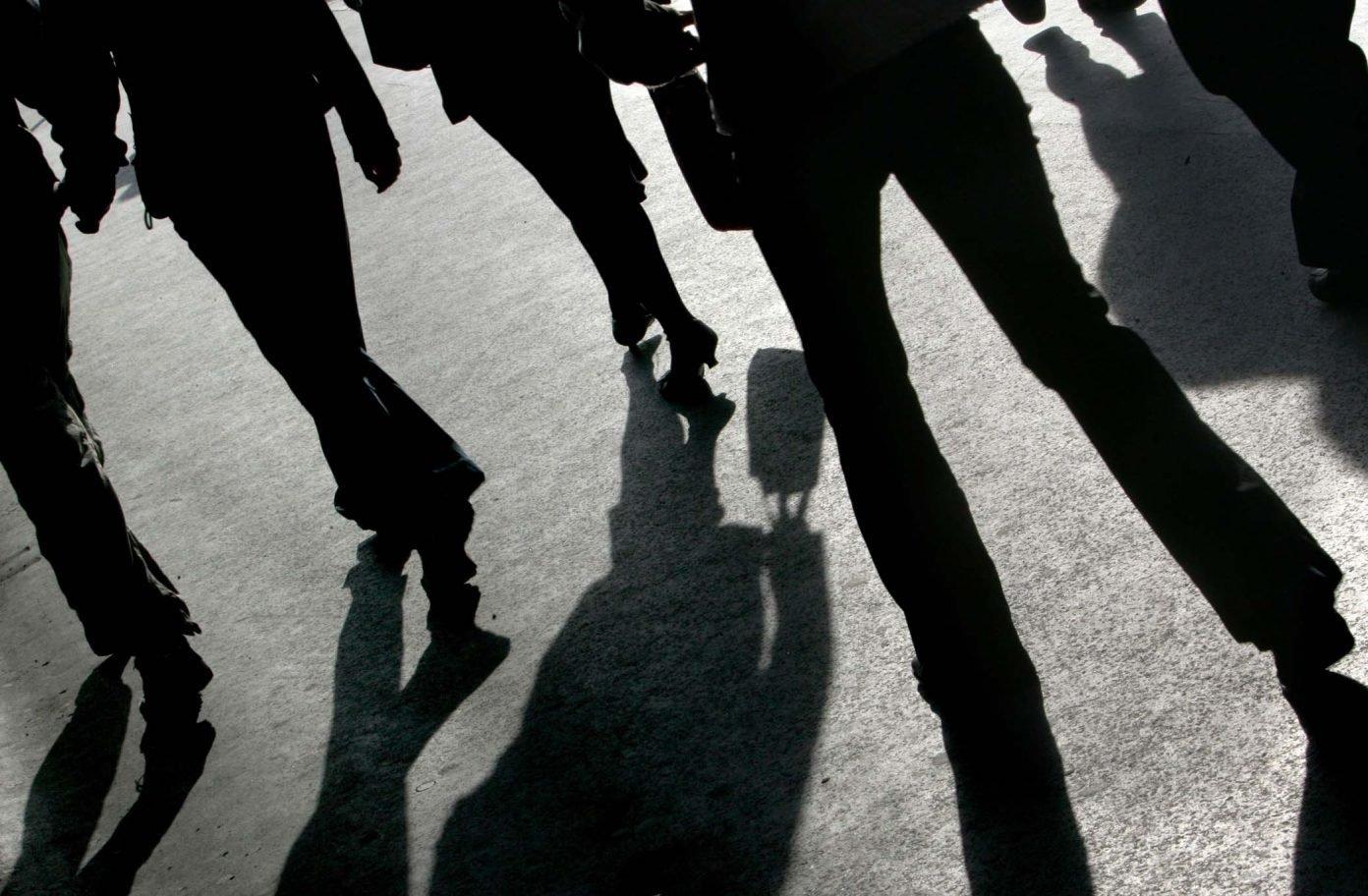 Senatul a respins proiectul care interzicea serviciilor secrete să racoleze magistrați