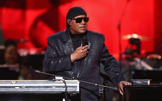 Stevie Wonder se mută în Ghana din cauza agitaţiei politice din Statele Unite