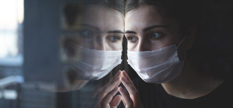 Terapia pentru efectele pe termen lung ale infecției COVID-19, aspru criticată