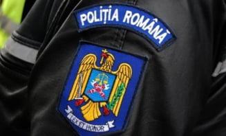 Un tanar a fost injunghiat intr-o bataie cu mai multe persoane pe o strada din Craiova