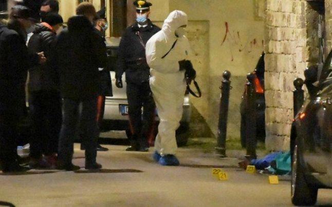 Un zidar român din Italia a ucis un mafiot din clanul Camorra. Înregistrarea care complică şi mai mult ancheta